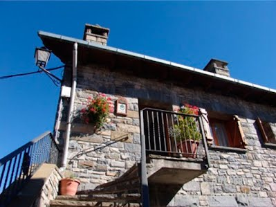 Borda Lizonero de Broto es una oferta de turismo rural que pertenece a la red de alojamientos de Turismo Verde de Huesca.